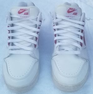 Used Nike Air Force 2